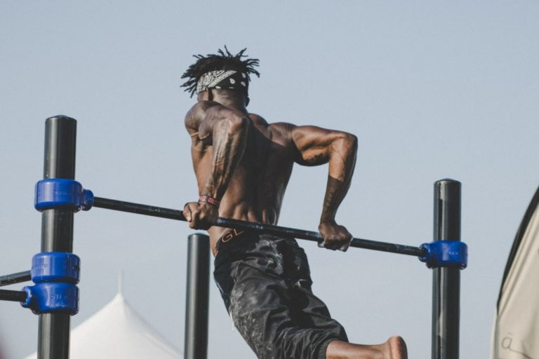IMPROVE YOUR PULLUPS