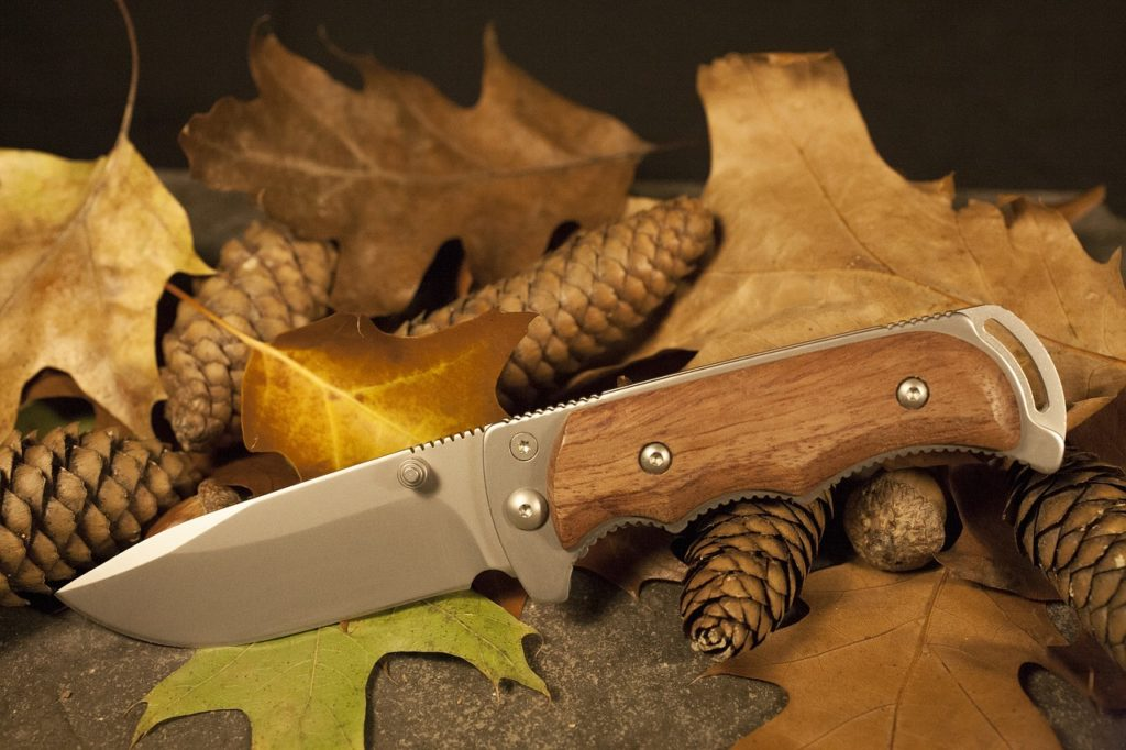 Survival Knife to Survive